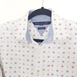 Tommy Hilfiger button down shirt 100%cotton